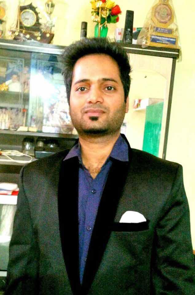 Mr Vinayak Ojha